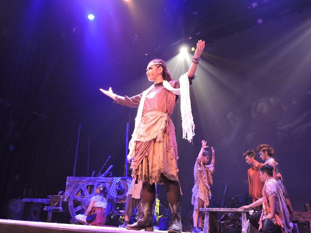 Menchu Lauchengco-Yulo as Socrates